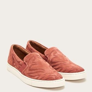 New Frye Embroidered Slip On Ivy Primrose Sneakers